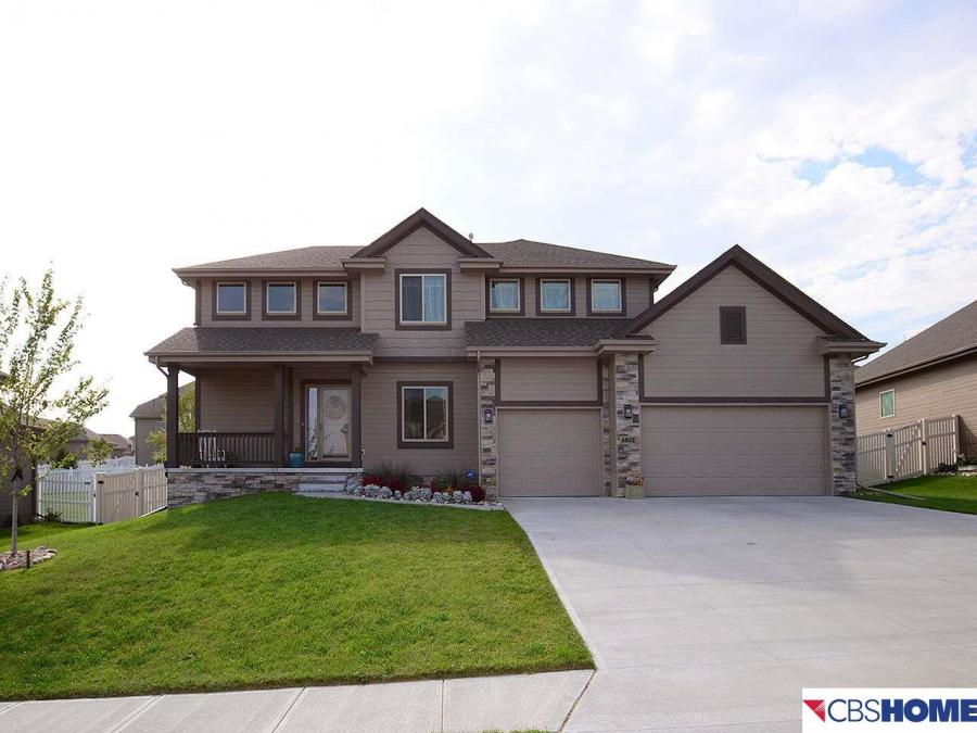 6803 Ridgewood Drive, Papillion in Sarpy County County, NE 68133 Home for Sale